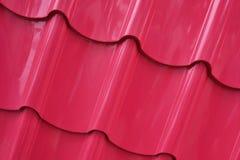 在桃红色颜色绘的屋顶纹理 免版税库存照片