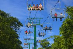 在桃花心木海湾的缆车在Roatan,洪都拉斯 库存图片