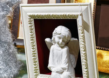 在框架的天使在圣诞节市场上在维尔纽斯 库存照片