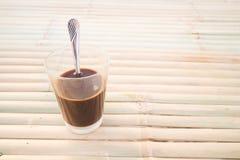 在桌上的地方泰国咖啡 库存照片