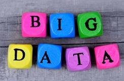 在桌上的大数据字 免版税图库摄影