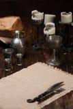 在桌上的被烧的蜡烛 库存照片