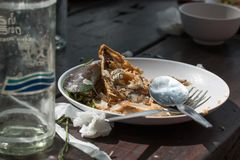 在桌上的食物小块 免版税图库摄影