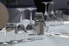 在桌上的玻璃 库存照片