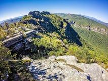 在桌岩石山nc顶部的风景视图 免版税库存图片