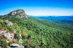 在桌岩石山nc顶部的风景视图 库存图片