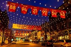 在桔子美国橄榄球联盟团结的丹佛Larimer广场 库存照片