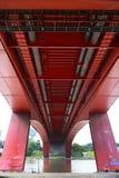 在桥梁下 库存照片