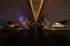 在桥梁天使场面下 免版税库存照片