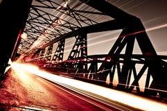 在桥梁的交通,克雷莫纳,意大利 库存图片