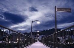 在桥梁的光,我的方式,光道路  免版税库存图片