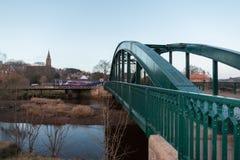 在桥梁的培训 免版税库存照片