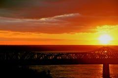 在桥梁6的日落 免版税库存照片