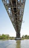 在桥梁间顿河 免版税库存照片
