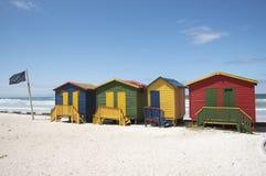 在梅曾贝赫南非的五颜六色的海滩小屋 库存图片