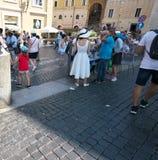 在梵蒂冈和意大利之间的边界 库存照片