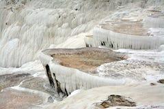 在棉花堡,土耳其的自然石灰华大阳台 库存照片