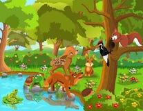 在森林动物之间的友谊 皇族释放例证