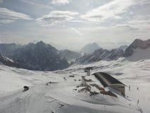 在楚格峰附近的风景 库存照片