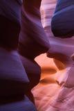 在槽孔峡谷的砂岩形成 库存图片