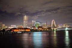 在横滨都市风景的云彩 免版税图库摄影