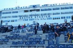在橄榄球赛以后的海狸体育场 库存图片