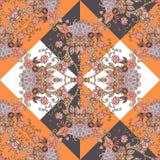 在橙色,棕色,白色,黑和灰色颜色的无缝的种族样式与心脏和花 图库摄影