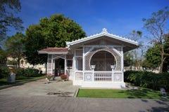 在欧洲样式的泰国亭子修造在轰隆痛苦宫殿Thailan 免版税库存图片