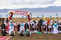 在歌曲Kul湖的节日在吉尔吉斯斯坦 图库摄影