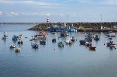 在正弦Harbot,葡萄牙的Fshing小船 免版税库存图片