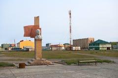 在正方形的列宁纪念碑在Lapino市 免版税库存照片