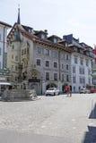 在正方形的历史建筑 免版税图库摄影