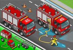 在正面图的等量消防队员卡车 库存照片