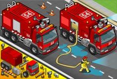 在正面图的等量消防队员槽车 库存照片