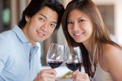 在正餐的夫妇 免版税库存照片