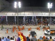 在每年狂欢节期间的惊人的狂妄剧在里约热内卢 免版税库存照片