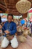 在每年Lumpini文化节日的Craftman 免版税库存照片