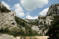在比利牛斯orientales的Galamus峡谷,法国 免版税库存图片