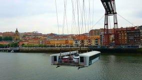 在比斯开桥的长平底船, Guecho,西班牙 免版税库存图片