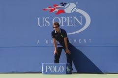 在比赛期间的视线员在美国公开赛2014年在比利・简・金国家网球中心 免版税库存图片
