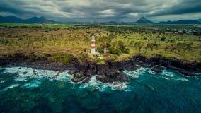 在毛里求斯的热带海岛上的灯塔 库存照片