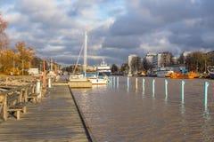 在气氛河的客船在图尔库 免版税库存图片