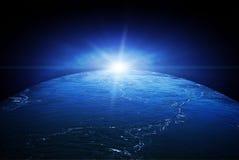 在水之下的概念地球 免版税库存照片