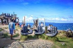 在水晶小海湾的旅游采取的照片,是一个小海岛Th 免版税图库摄影