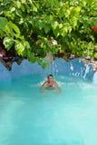 在水池的温泉 图库摄影