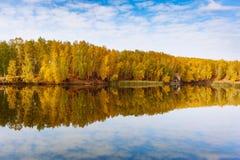 在水的云彩 免版税图库摄影