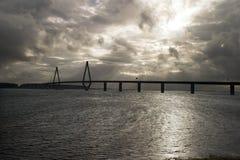 在水的桥梁 图库摄影