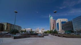 在水绿的大道timelapse hyperlapse, Nurzhol大道的喷泉 股票录像