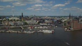 在汉堡港口的风景全景 股票视频