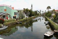 在江边和房子的看法 库存图片